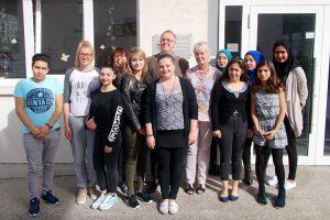 Besuch von Unterstützer Dr. Hornecker in der Edith-Stein-Schule
